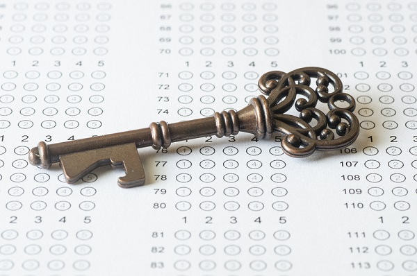 key to success in abstract reasoning tests